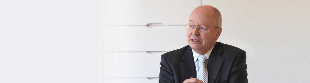 Horst Willeweit bei Wertermittlung einer Zahnarztpraxis